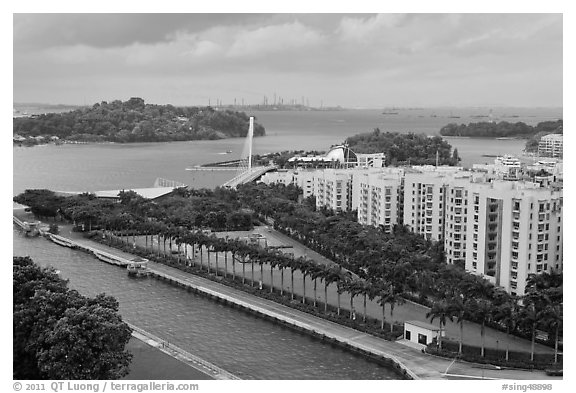 Keppel Bay. Singapore (black and white)