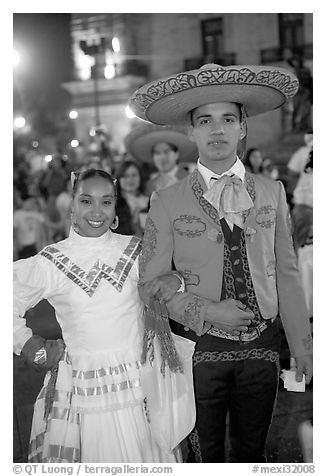 Man and woman in traditional mexican costume. Guadalajara, Jalisco, Mexico (black and white)