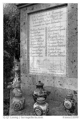 Monument dedicated to ceramic artists, Tlaquepaque. Jalisco, Mexico (black and white)