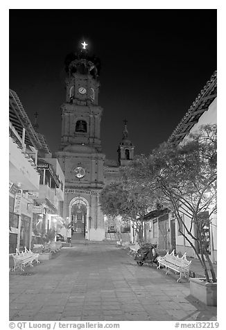 Cathedral seen from Plaza de Armas, Puerto Vallarta, Jalisco. Jalisco, Mexico (black and white)