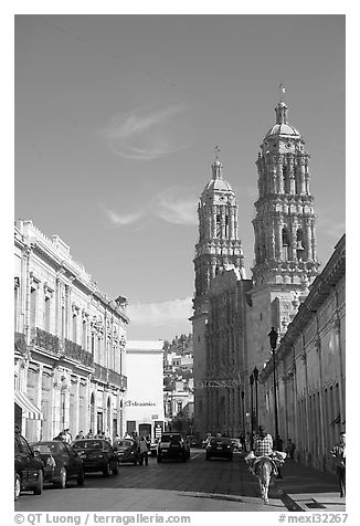 Cathedral, morning. Zacatecas, Mexico (black and white)