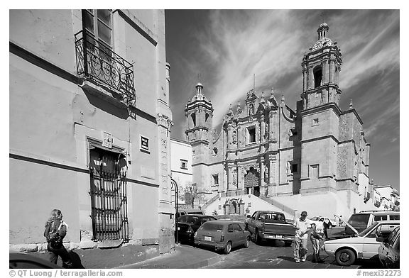 Santo Domingo Church, late morning. Zacatecas, Mexico (black and white)