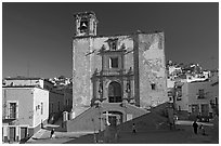 Plaza and church San Roque, early morning. Guanajuato, Mexico ( black and white)