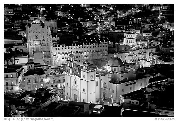 Basilic and University seen from above at night. Guanajuato, Mexico (black and white)