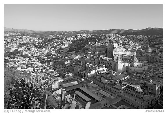 Panoramic view of the historic town center, early morning. Guanajuato, Mexico (black and white)
