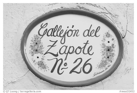 Street number sign. Guanajuato, Mexico (black and white)