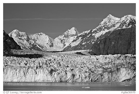 Margerie Glacier and Fairweather range. Glacier Bay National Park (black and white)