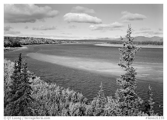 Sand bar and bend of the Kobuk River, mid-morning. Kobuk Valley National Park (black and white)