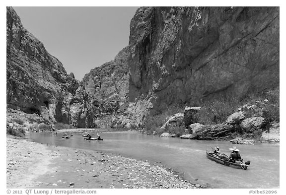 Paddling the Rio Grande in Boquillas Canyon. Big Bend National Park (black and white)