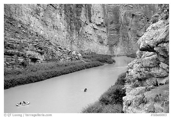 Rafters in Santa Elena Canyon of the Rio Grande. Big Bend National Park (black and white)