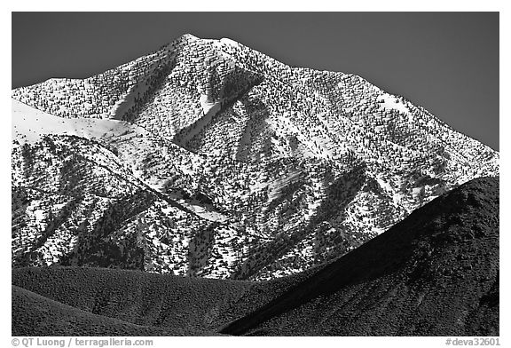 Telescope peak seen from Emigrant Pass. Death Valley National Park (black and white)