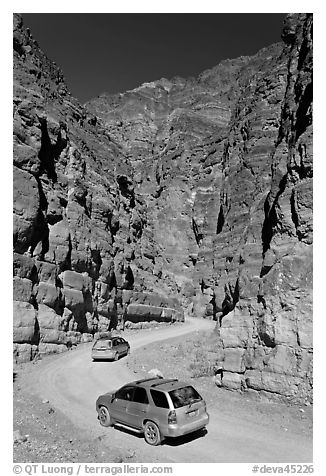 Cars in narrows, Titus Canyon. Death Valley National Park (black and white)