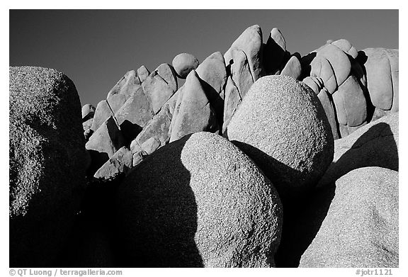 Jumbo rocks, sunset. Joshua Tree National Park (black and white)
