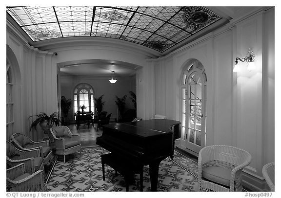Assembly room in Fordyce bathhouse. Hot Springs National Park (black and white)