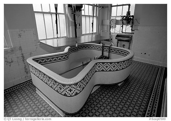 Tile-covered tub, Fordyce bathhouse. Hot Springs National Park (black and white)