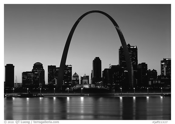 Arch and downtown skyline at sunset. Gateway Arch National Park (black and white)