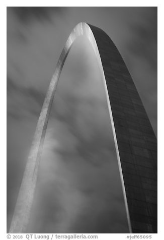 St Louis Arch at night. Gateway Arch National Park (black and white)