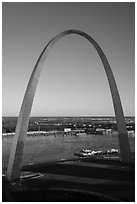 Arch and Mississippi River from above, late afternoon. Gateway Arch National Park ( black and white)