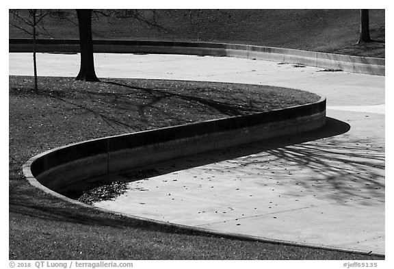 Curves of drained North Pond. Gateway Arch National Park (black and white)
