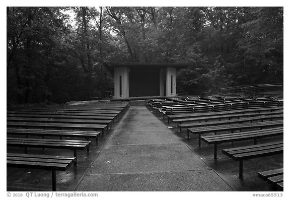 Main park amphitheater. Mammoth Cave National Park (black and white)