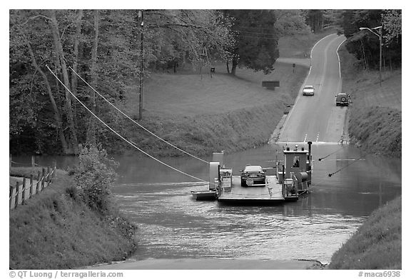 Car crossing Green River on ferry. Mammoth Cave National Park (black and white)