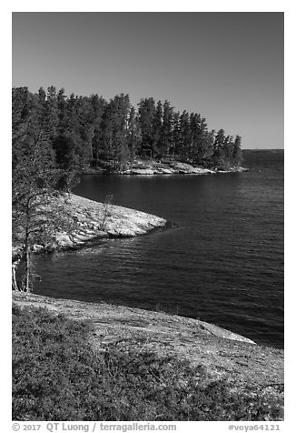 Windmill Rock Cove, Rainy Lake. Voyageurs National Park (black and white)