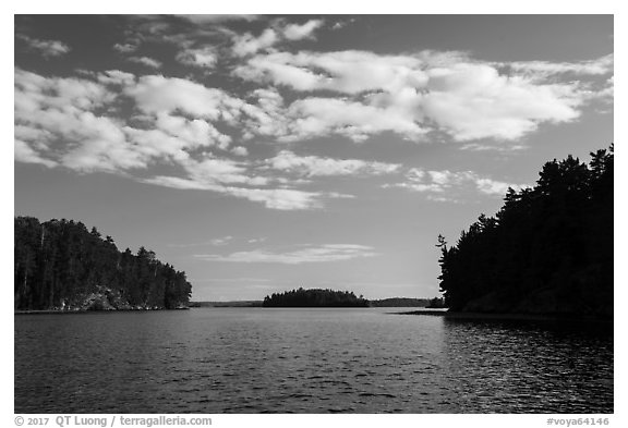 Kings William Narrows and Crane Lake. Voyageurs National Park (black and white)