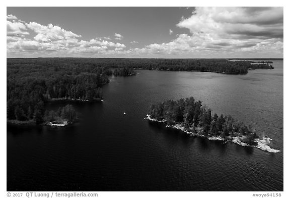Aerial view of Surveyors Island, Rainy Lake. Voyageurs National Park (black and white)