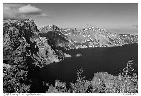 East rim view. Crater Lake National Park (black and white)