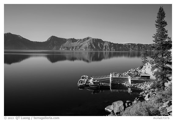 Boat dock, Cleetwood Cove. Crater Lake National Park (black and white)