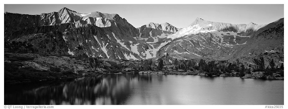 Last last over peaks and reflections. Kings Canyon National Park (black and white)