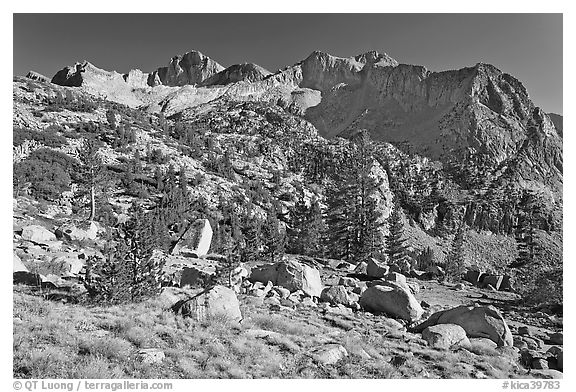Mt Giraud chain, Lower Dusy basin. Kings Canyon National Park (black and white)