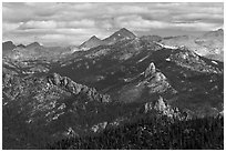 Sierra Peaks. Kings Canyon National Park ( black and white)