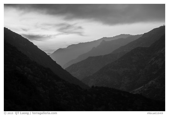 Cedar Grove Valley at sunset. Kings Canyon National Park (black and white)