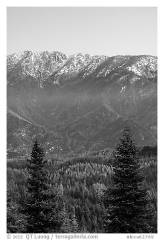 Tombstone Ridge at dawn in autumn. Kings Canyon National Park (black and white)