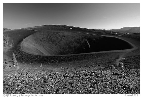 Crater on top of cinder cone. Lassen Volcanic National Park (black and white)