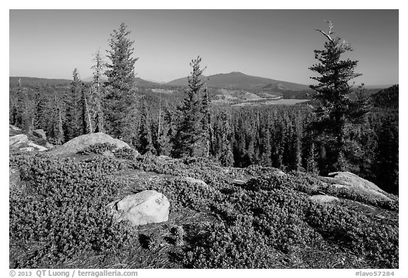 View from Inspiration Point. Lassen Volcanic National Park (black and white)