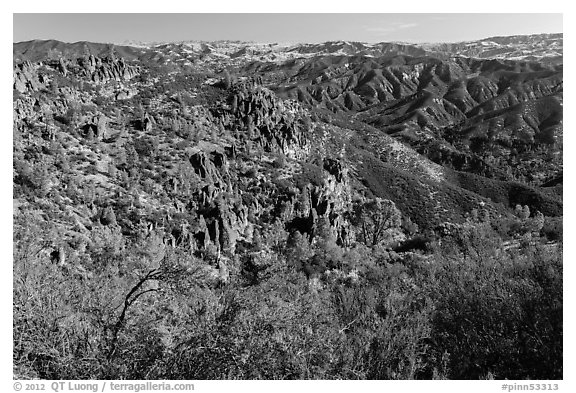 Gabilan Mountains. Pinnacles National Park (black and white)