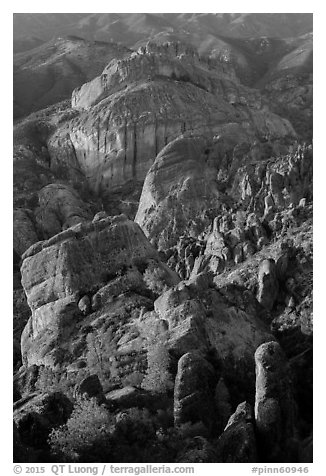 Rock spires, Machete Ridge, and Balconies in late afternoon. Pinnacles National Park (black and white)