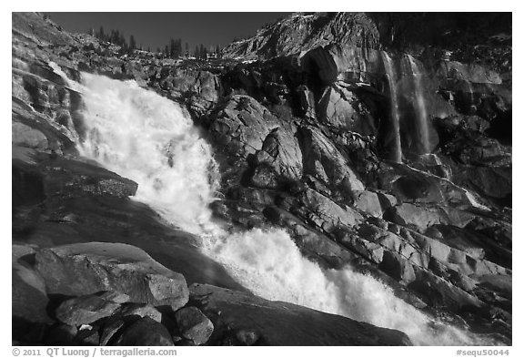 Tokopah Falls. Sequoia National Park (black and white)