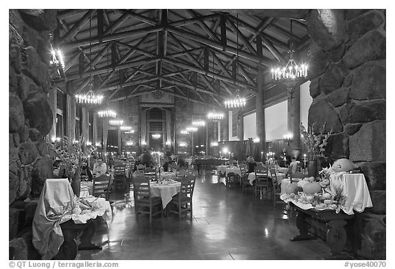 Dinning room at night, Ahwahnee hotel. Yosemite National Park (black and white)