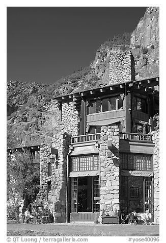 Ahwahnee hotel. Yosemite National Park (black and white)