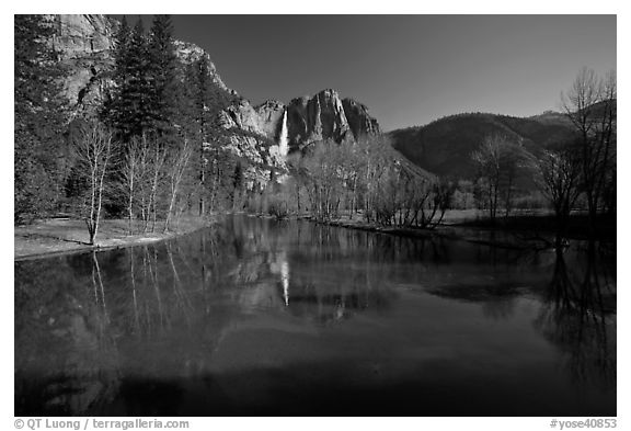 Merced River and Upper Yosemite Falls. Yosemite National Park (black and white)