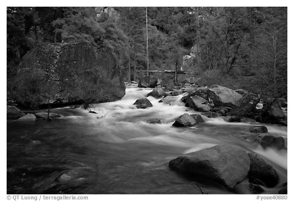 Merced River flowing past huge boulders, Lower Merced Canyon. Yosemite National Park (black and white)