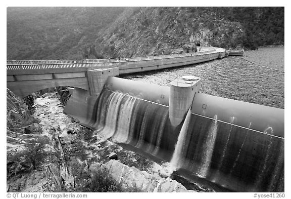 Overflow channel,  O'Shaughnessy Dam. Yosemite National Park (black and white)