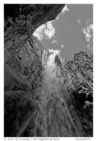 Ribbon Falls from amphitheatre. Yosemite National Park (black and white)