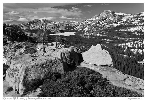 Granite outcrops and distant Tenaya Lake in the spring. Yosemite National Park (black and white)