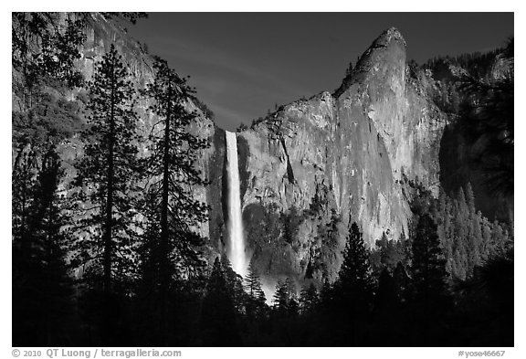 Bridalveil Fall and leaning tower, late afternoon. Yosemite National Park (black and white)
