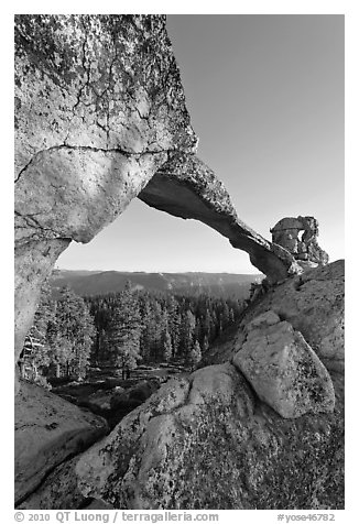 Indian Rock natural arch. Yosemite National Park (black and white)