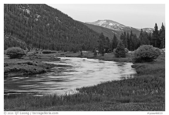 Tuolumne River in Lyell Canyon, sunset. Yosemite National Park (black and white)
